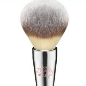 It Brushes for Ulta Complexion powder Brush